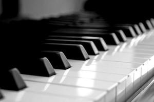 Photo #1: Taylor Piano Service/Piano Tuning