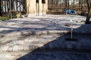 Photo #1: Andino Masonry. Experienced Mason +15 yrs / All Stone, Brick, and Tile