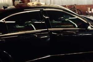 Photo #19: 901 Window Tint between $90-$100. Call Dennis!