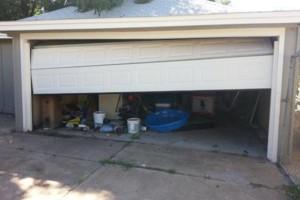Photo #1: 24/7 GARAGE DOOR REPAIR! DISCOUNTS ON REPAIRS BROEN SPRINGS...
