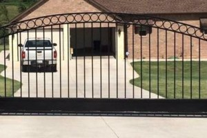Photo #9: Complimentary Estimates for New Fence, Gates & Automatic Gate Openers