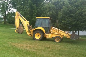 Photo #1: Backhoe/Loader Available for Digging and Trenching
