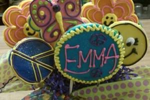 Photo #11: C.C's Cakes. Wedding cakes / pastries