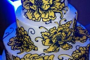Photo #9: C.C's Cakes. Wedding cakes / pastries