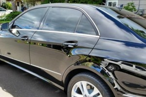 Photo #4: JB's Mobile Window Tinting. We bring the shade to you!