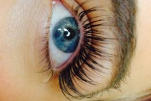 Photo #3: THE BEST EYELASH EXTENSIONS. ONLY $96! Beyond Beauty salon