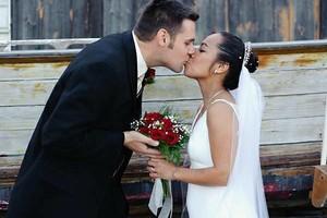 Photo #10: Wedding Photographer with 1200 Wedding Collections