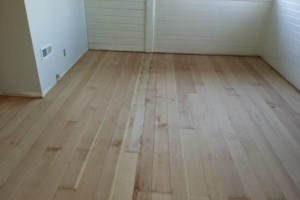 Photo #3: Hardwood Floors Refinished/ installed/ repaired. Petru Pui Construction