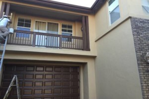 Photo #4: EXTERIOR & INTERIOR PAINT, CABINETS REFINISHING, FLOORING, CROWNMOLDING...