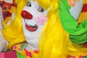 Photo #19: OOPS C. DAISY Silly clown magic, face painting