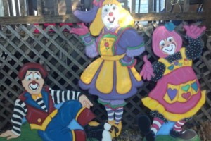 Photo #15: OOPS C. DAISY Silly clown magic, face painting