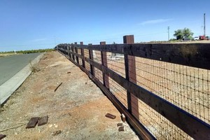 Photo #1: SOMERSET FENCE REPAIR & REPLACEMENT