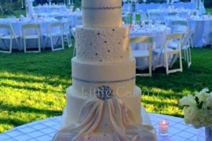 Photo #9: CUSTOM CAKES by OUR LITTLE CAKERY