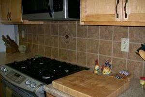 Photo #2: LICENSED & AFFORDABLE - R & R Tiling