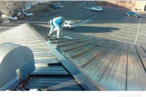 Photo #3: Hugo's Roofing crew
