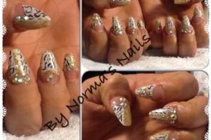 Photo #2: Acrylic nails/Acrilicas