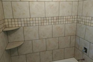 Photo #4: Ceramic/ Tile, Hardwood, Laminate, LVT Installation