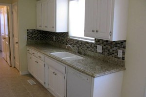 Photo #9: Flip Right Remodeling. Kitchens and Bathrooms