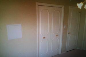 Photo #9: PAINT / CUSTOM TILE SHOWERS / FLOORS / BACK SPLASHES / YOU NAME IT!!!