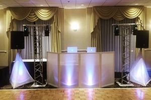Photo #3: LOOKING FOR A DJ SERVICE?! DJ AND SELPHY PHOTO BOOTH IS HERE!