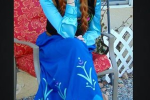 Photo #24: Hire inspired characters -Elsa and Anna