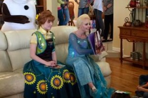 Photo #18: Hire inspired characters -Elsa and Anna