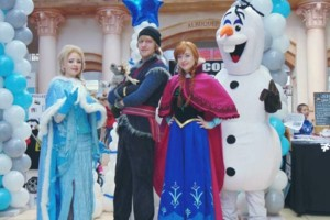 Photo #5: Hire inspired characters -Elsa and Anna