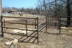 Photo #1: Pipe Fence - Wrought Iron