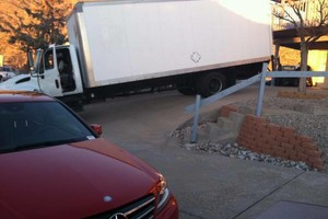 Photo #1: 2 MOVERS with a 17 / 26 ft TRUCK $60/hr