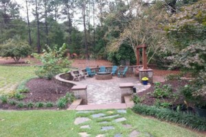 Photo #1: MATEOS LANDSCAPING! FREE ESTIMATES!