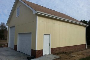 Photo #1: GARAGES....SCREEN PORCHES (Lic. Builder)