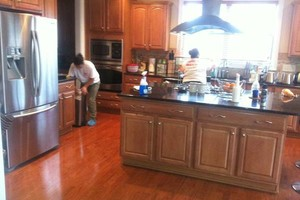 Photo #9: PROFESSIONAL COMMERCIAL CLEANING - Correia's Cleaning Services