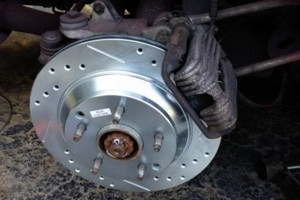 Photo #1: Mobile car repair - $35 (brake pads labor)