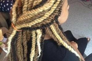Photo #4: Hair Specials! BOX BRAIDS $65
