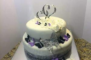 Photo #9: Custom Made Cakes
