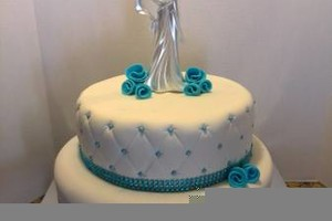 Photo #8: Custom Made Cakes
