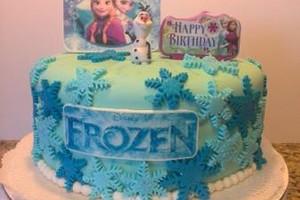Photo #2: Custom Made Cakes