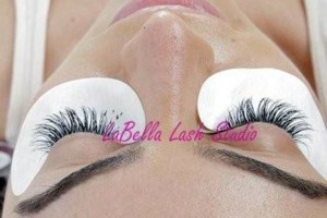 Photo #7: BEAUTIFUL EYELASH EXTENSIONS & TEETH WHITENING!
