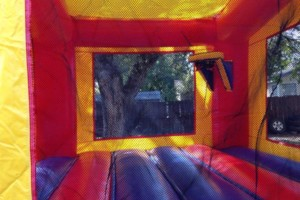 Photo #1: Bounce House For Rent-Renta de Brincolines - $65