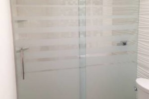 Photo #5: IMPERIAL GLASS TX. SHOWER GLASS...