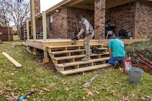 Photo #9: Proper Deck and Fence - Outdoor living, treehouses, Patios, carpentry