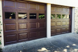 Photo #1: 24/7 Garage Door Repairs Service/Installs