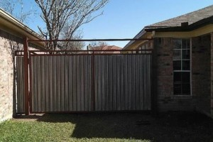 Photo #2: Fence, gates/ doors service repair