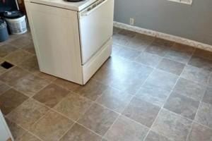 Photo #10: El Numeco. Carpet, hardwood, laminate, tile install...