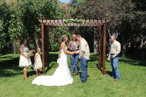 Photo #1: Wedding Ministers/Officiants & Photograpy Services Deals