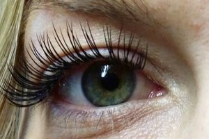 Photo #1: SPECIAL! LASH EXTENSIONS $80.00