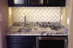 Photo #3: Backsplash And Floor Tile Installed by Kevin