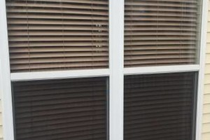 Photo #1: Screen Doc - windows, doors, porches