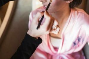 Photo #6: KNRstyling. Experienced Hairstylist/Makeup Artist