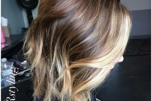 Photo #4: KNRstyling. Experienced Hairstylist/Makeup Artist